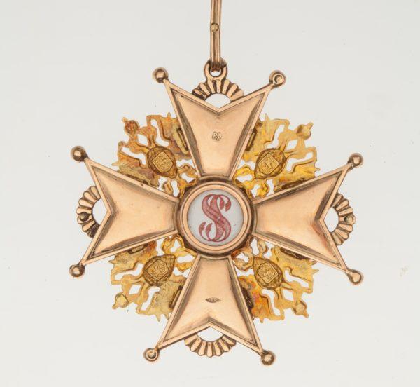 обратная сторона знака ордена Святого Станислава 1-й степени